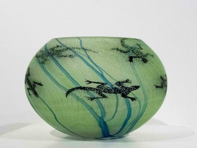 Green Prindi - Large Bowl (Hand Blown Glass) £162 by